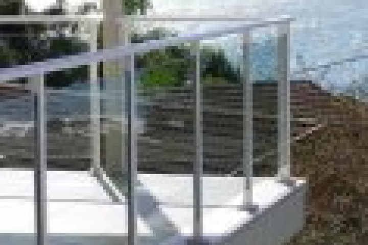 Rural Fencing Glass balustrading 720 480